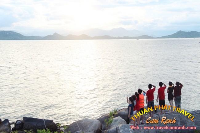 Cuối tuần tụ tập tham quan đảo tôm hùm Bình Ba 003