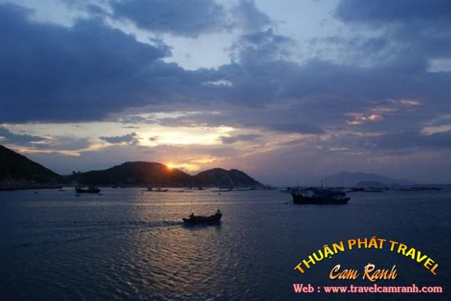 Một ngày rong ruổi ở vịnh Cam Ranh 001